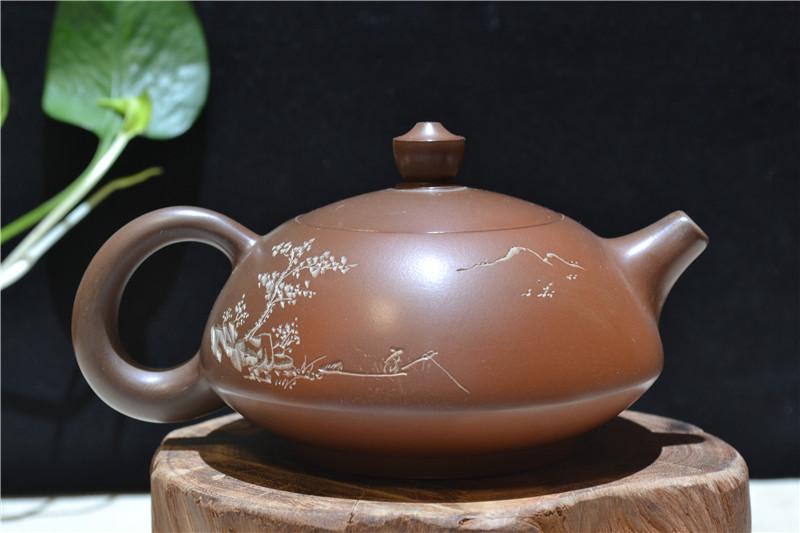 钦州坭兴陶如意茶壶线刻