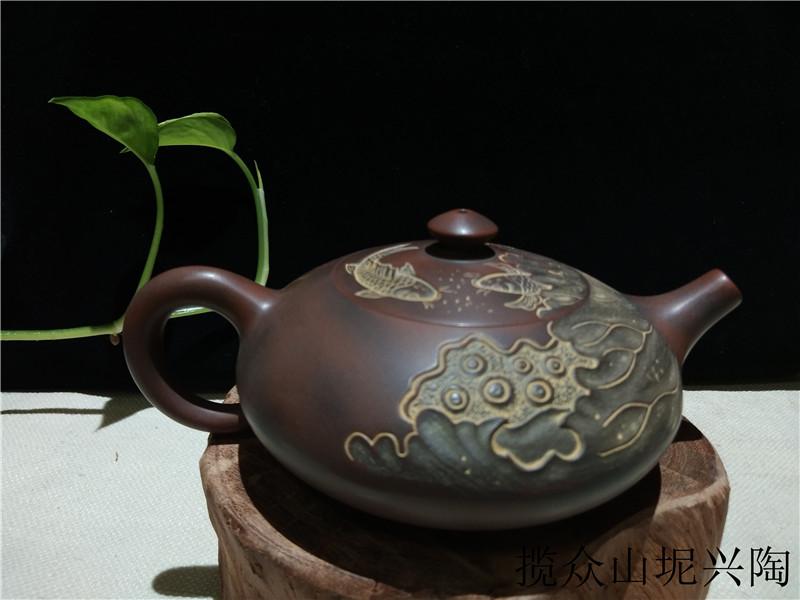 南宁坭兴陶一条街西施茶壶