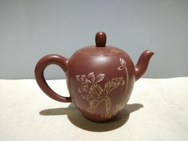 坭兴陶彩绘美人肩茶壶