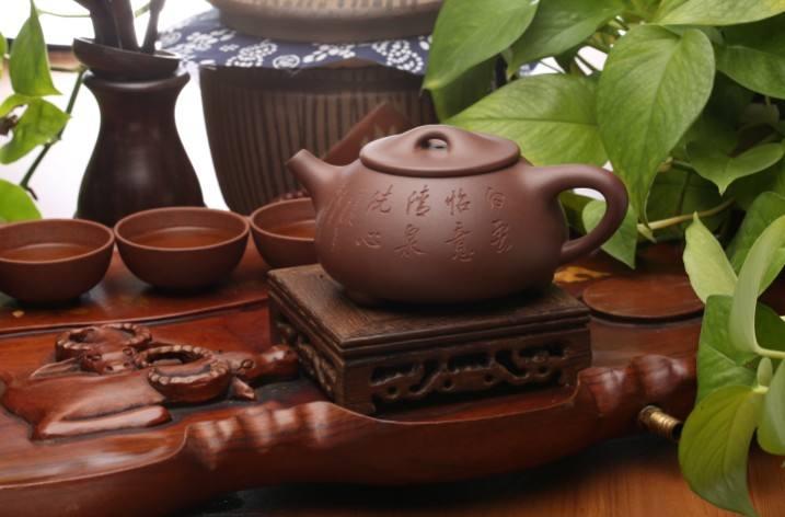 坭兴陶壶的养壶方法